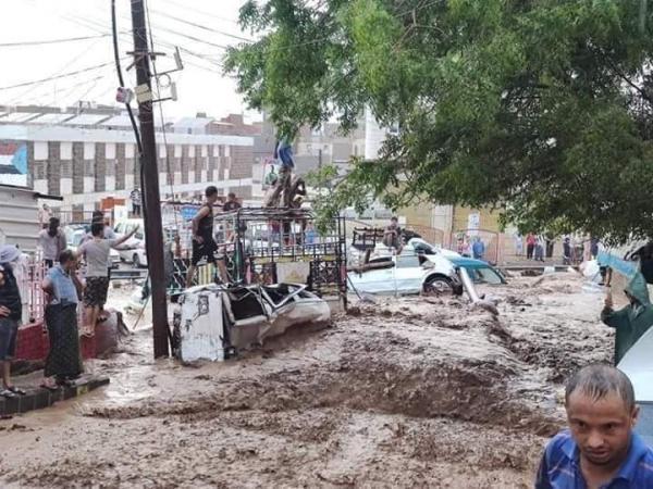 السيول والأمطار تتسبب بوفاة 5 أشخاص في اليمن