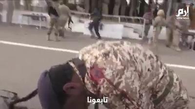 شاهد فيديو من جوار المنصة لحظة انفجار الطائرة المسيرة فوق منصة العرض بقاعدة العند