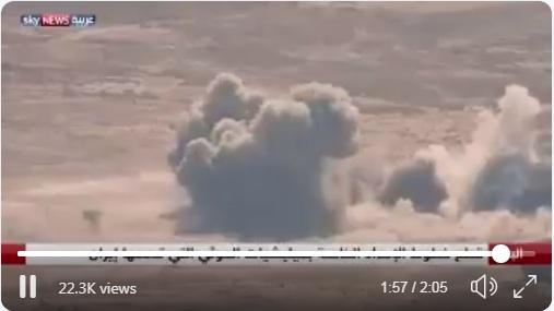 مشهد غير محذوف.. الصحفي محمد العرب ينشر تقريراً من منطقة الرزامات بصعدة.. لحظة استهدافهم من قبل الحوثي(فيديو)