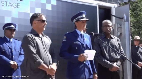 فيديو.. ضابطة نيوزيلندية تلقي «خطبة إسلامية» وتنفجر باكية