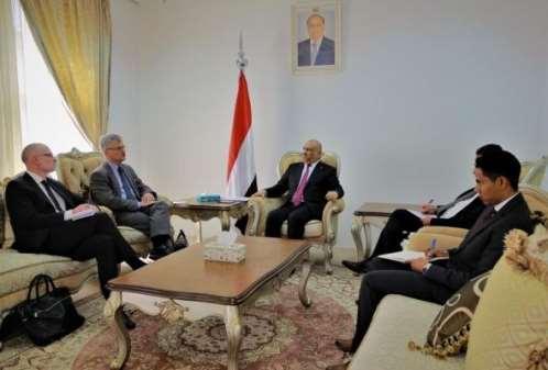 وزير الخارجية يدعو السويد للضغط على الحوثيين.. لهذا السبب !