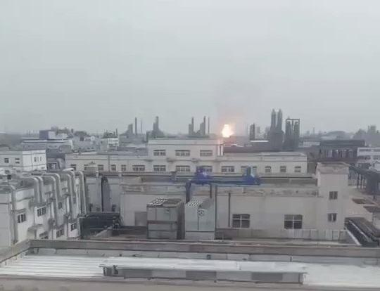 فيديو مقتل 78 شخصاً جراء انفجار مصنع كيماويات في الصين
