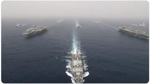 تعرف على حاملة الطائرات الأمريكية «آبراهام لینکلن» والمدمرات المرافقة لها المتوجهة إلى الخليج العربي قرب إيران (فيديو)