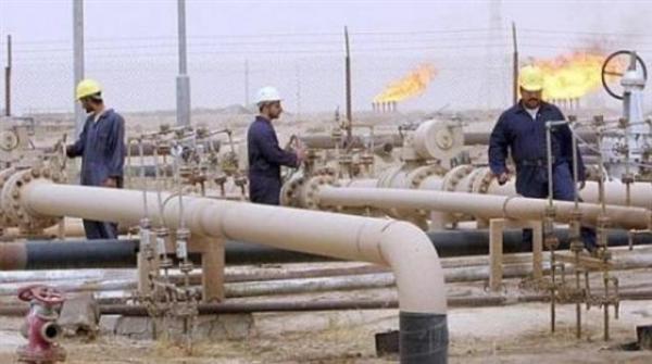 الخلافات بين شركتي صافر والنفط اليمنية تطفو على السطح والأولى تصدر بيان