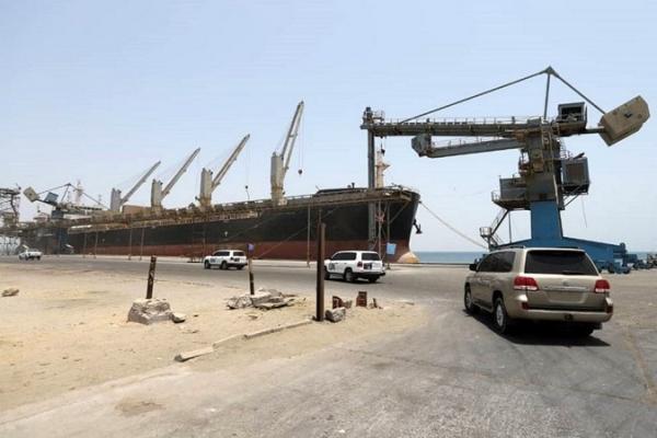 عاجل: وصول سفينة نفط إلى ميناء الحديدة