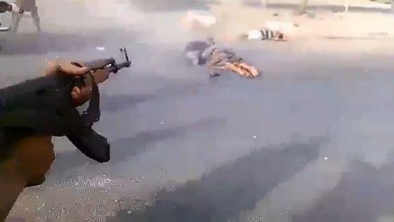 شاهد فيديو مروع... لإعدام جماعي نفذته مليشيات في عدن