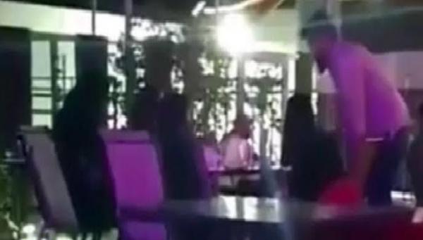 شرطة الرياض تصدر بيانا بشأن فيديو تحرش شابين بفتيات في مقهى