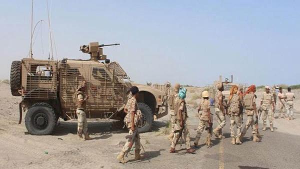 القوات المشتركة في الساحل الغربي تبادل أسرى مع الحوثيين (شاهد فيديو الفرق في المعاملة)