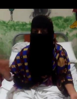 فيديو لمرأة من عدن تقول ان قوة امنية اقتحمت منزلها واطلقت النار عليها وعلى ابنتها
