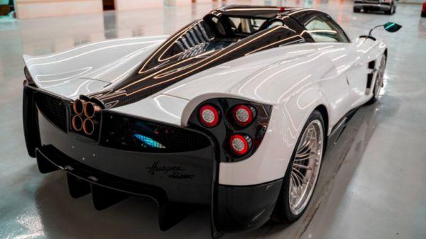 حبه وحده في العالم.. السعودية تستقبل سيارة لا مثيل لها في العالم.. وتوقعات ببيعها خيالي! (فيديو +صور)