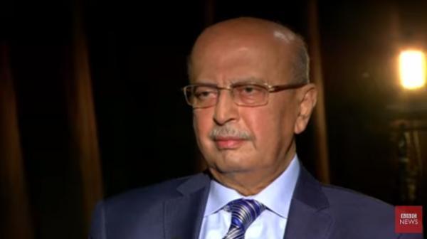 هل بكى القربي في آخر مقابلته مع بي بي سي عندما تحدث عن مقتل الزعيم صالح؟ (شاهد)