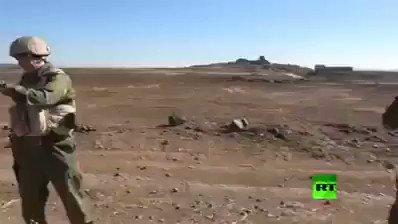 ضاحي خلفان ينشر فيديو ويصفه بالتاريخي لاستقبال القوات التركية في ليبيا (شاهد)