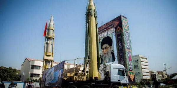 محمد العرب يكشف معلومات خطيرة بشأن الهجوم الصاروخي الإيراني على قواعد أمريكية في العراق
