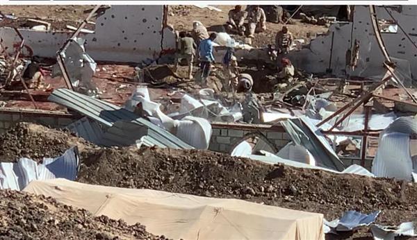 الإعلان عن ارتفاع حصيلة القصف على معسكر الاستقبال بمأرب إلى 111 شهيداً