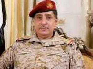 الكشف عن نجاة رئيس هيئة الأركان العامة للجيش من محاولة اغتيال في مأرب