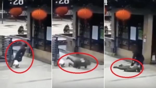 """إنهم يسقطون موتى.. مشاهد مخيفة لضحايا """"القاتل كورونا"""" في شوارع الصين (فيديو)"""