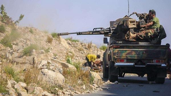 الجيش يشن هجوما واسعا على مواقع الحوثيين غرب تعز