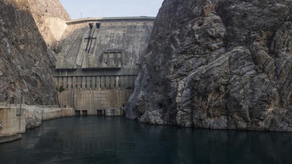 """بعد """"سد النهضة"""" في إثيوبيا.. مصر ترسل وفدا إلى دولة إفريقية أعلنت بناء أكبر سد في العالم"""