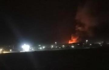 تفاصيل ما حدث الليلة الماضية في مأرب واصوات الانفجارات التي هزت المدينة (فيديو)
