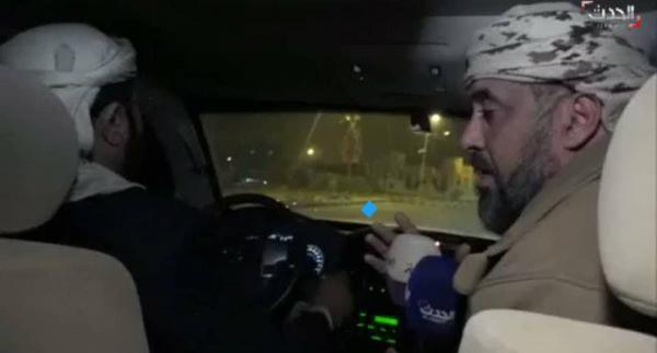 الصحفي محمد العرب يتجول في شوارع مدينة مأرب برفقة المحافظ سلطان العرادة ! (فيديو)