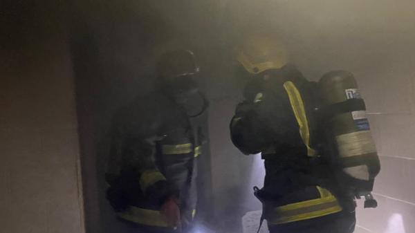 حريق يلتهم عمارة سكنية في  جدة.. وهذا تفاصيل ما حدث!