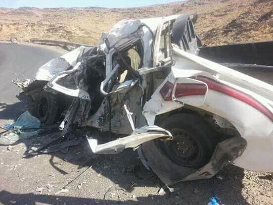 حادث مروري مروع في البيضاء يسفر عن مقتل 4 اشخاص.. صور