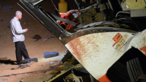 حادث «مروع» بين 16 مركبة في مصر.. وقتلى وأشلاء على الطريق