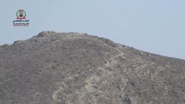 فيديو من صرواح يكشف شراسة المعارك واقتحام التباب ومواجهات مباشرة مع الحوثيين (شاهد)