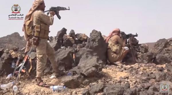 شاهد فيديو جانب من المعارك العنيفة التي دارت في جبهة صرواح وقتلى واسرى الحوثيين بالعشرات