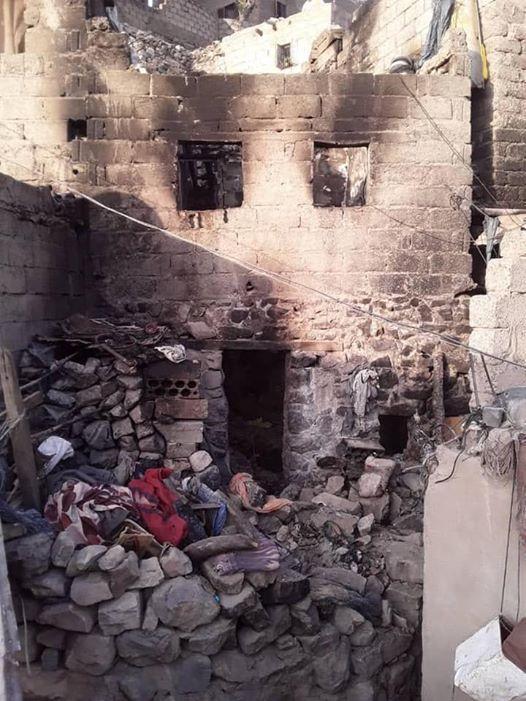 في جريمة بشعة.. احراق منزل في وتعز وبداخله اسرة كاملة ومقتل اربعة (بيان)