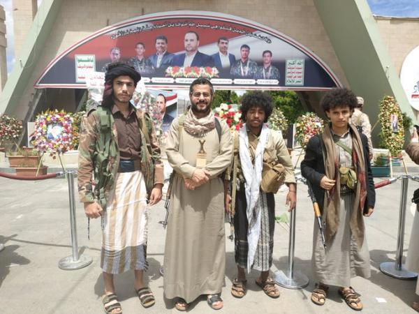 جماعة الحوثي: إنشقاق كبار ضباط الشرعية ووصولهم إلى صنعاء