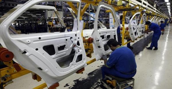 الإعلان عن عودة 80% من مصانع السيارات للعمل في العالم