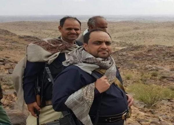 الشيخ ياسر العواضي يصدر بيان هام ويكشف اقتحام الحوثيين لمنازل شقيقاته !