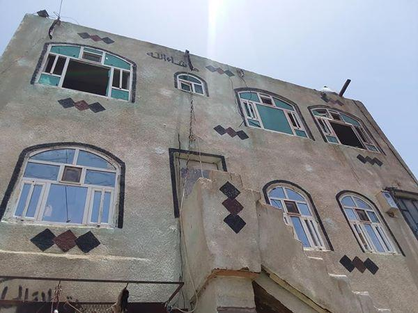 حريق خزانات البترول في السنينة بصنعاء تسبب بأضرار لـ 9 منازل مجاورة (تفاصيل + صور)