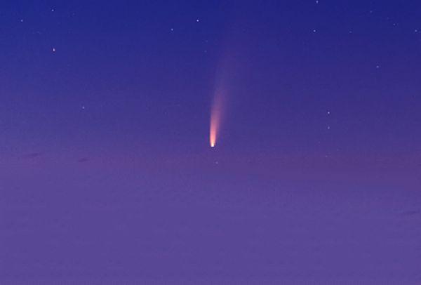 هذا ما ظهر قبل مغرب شمس اليوم في سماء السعودية (صورة)
