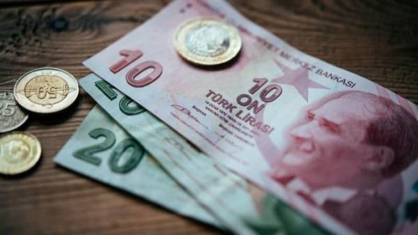 الليرة التركية تهبط إلى مستويات قياسية متدنية