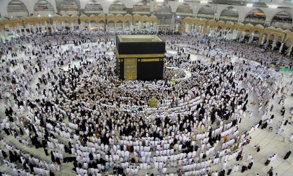 السعودية تكشف تفاصيل العودة التدريجية للعمرة