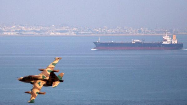 الحرس الثوري الإيراني يكشف عن احتجازه عشرات السفن الأجنبية في الخليج