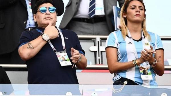 رونالدو يتحدث عن مارادونا.. ويكشف قصة ارتداءه ساعتين