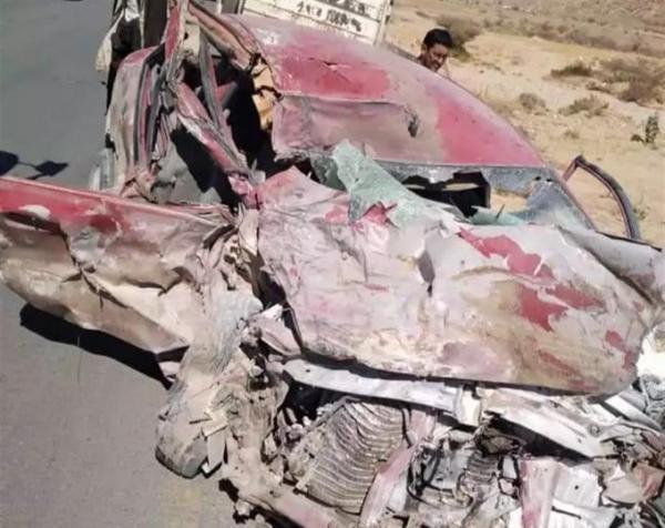 حادث مروع يسفر عن وفاة 3 اشخاص بالطريق إلى شبوة