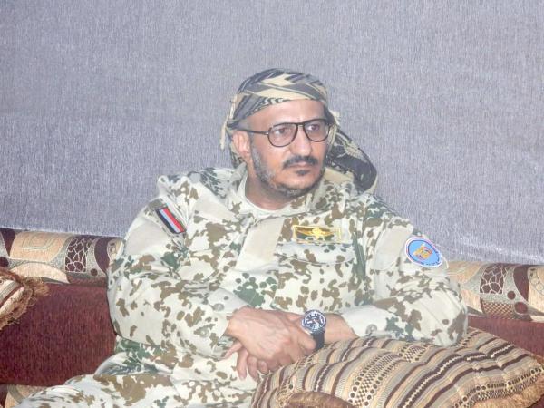 فيديو: طارق صالح في ظهور جديد يلتقي بوفد قافلة الساحل لمأرب ويكشف معلومات جديدة !