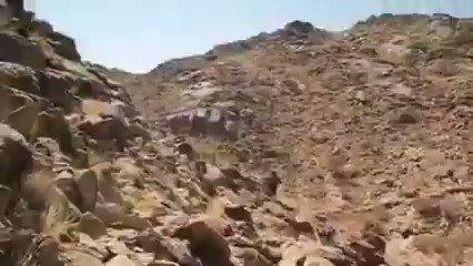 شاهد فيديو ضراوة المعارك من نقطة الصفر في جبال البلق بمأرب !