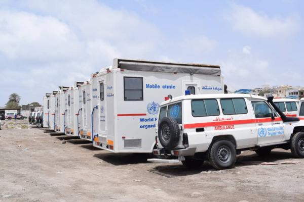 بسبب حرب مأرب وكثرة القتلى والجرحى.. جماعة الحوثي تنشر وحدات طوارئ متنقلة في الوزارات للتبرع بالدم
