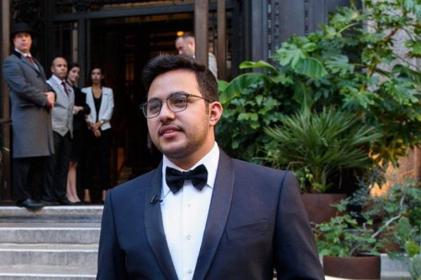 السعودي مساعد الدوسري يفوز بجائزة أفضل لاعب في العالم للرياضات الإلكترونية