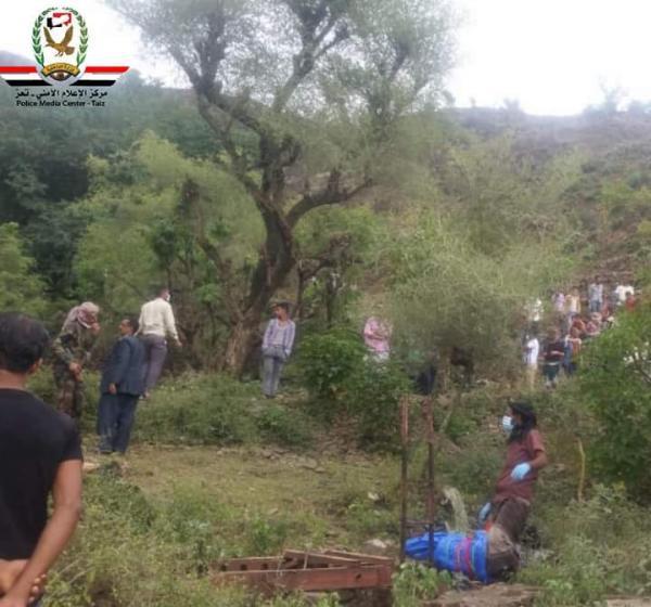 العثور على جثة مواطن مرمية داخل بئر في تعز بعد أسبوع على اختفاءه