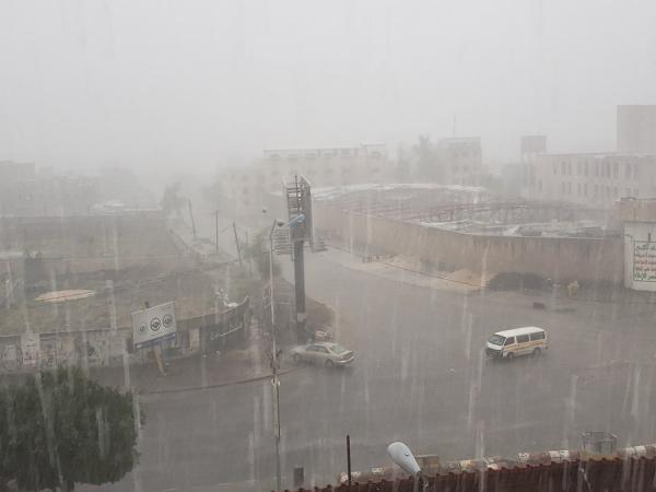 الفلكي الشوافي يحذر المواطنين من حالة غزيرة الأمطار