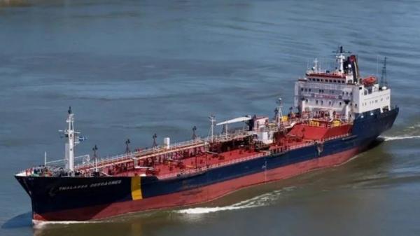 مسؤول امريكي يكشف عن ضرب طاقم سفينة اسفلت برنسيس من قبل المقتحمين