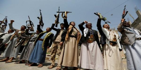 ماهي الدورات الثقافية التي تعطيها جماعة الحوثي للموظفين والشبان وقوات الجيش، وكيف يتم تحويلهم لمواليين لهم؟