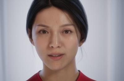 انتاج امرأة صناعية يصعب تمييزها عن البشر الحقيقيين (ِفيديو)