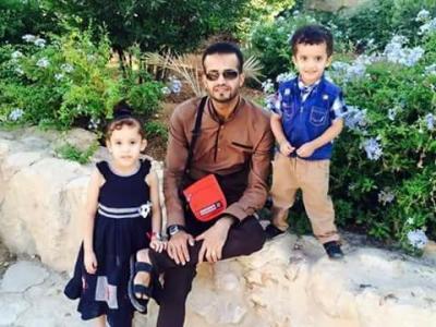 وفاة مغترب يمني وأسرته بالكامل في حادث مروع بعد ساعات من ظهورهم بفيديو من منفذ الوديعة..! (صور)